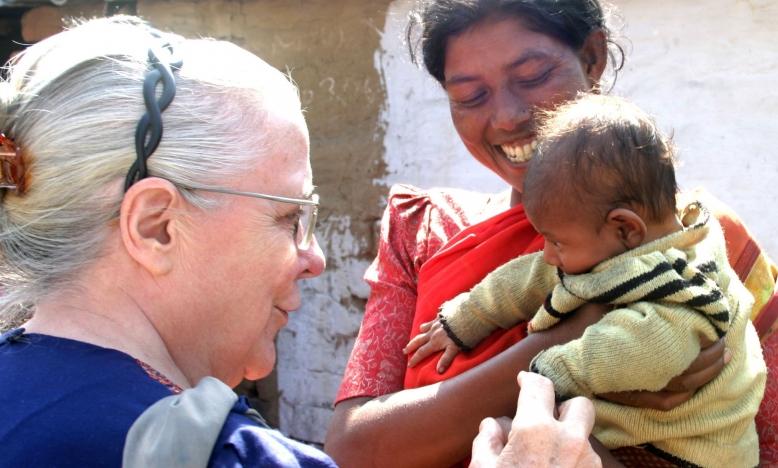 zuster Jeanne Devos in Indië