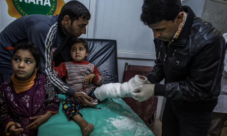 Irak: burgers in hun huizen gedood door luchtaanvallen terwijl hen opgedragen werd om niet te vluchten