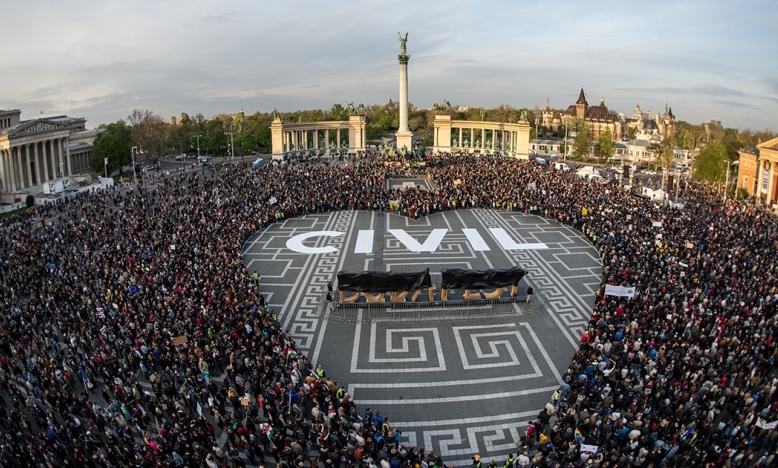 Hongarije: medewerkers maatschappelijke organisaties op zwarte lijst