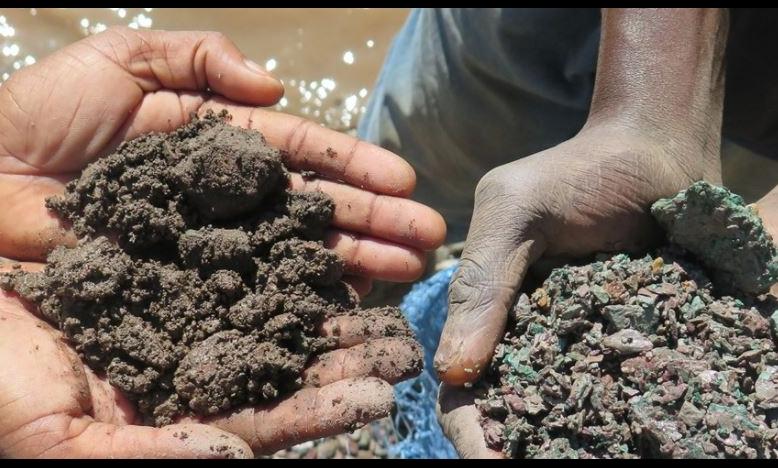 Elektronicabedrijven en autoconstructeurs slagen er niet in kinderarbeid te bestrijden in kobaltindustrie