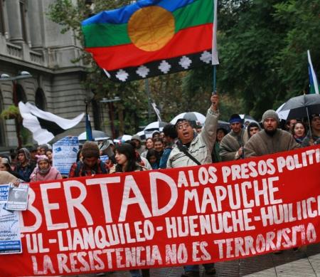 Ministerie Binnenlandse Zaken laat terrorisme-aanklacht vallen