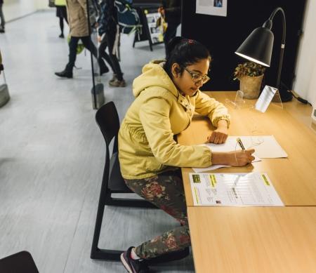 Schrijfmarathon in de bibliotheek van Leuven - Foto: Alexandra Bertels