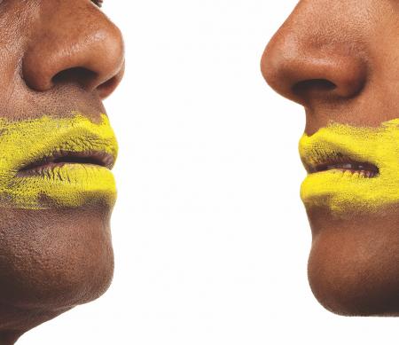 Het inperken van de vrijheid van meningsuiting is ons toch wel een parlementair debat waard?