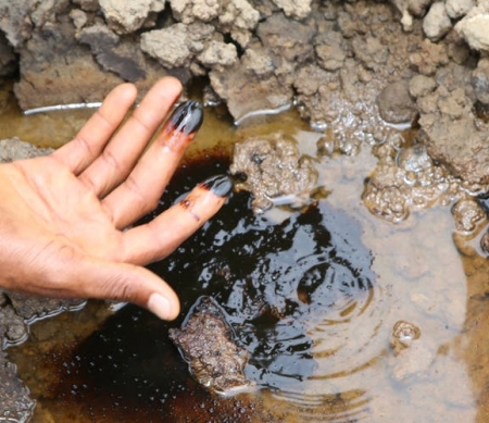 Nigeria: Shell en Eni negeren olievervuiling