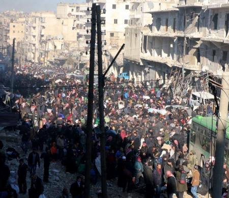 Syrië: na jarenlange uithongeringsstrategie worden burgers uit hun huizen verdreven