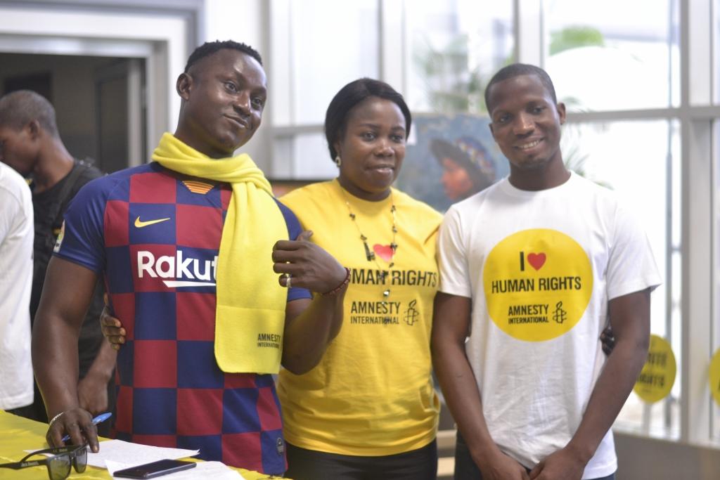 In Nigeria kregen veel jongeren de kans om in gesprek te gaan met Moses Akatugba (succesverhaal uit 2015) en Nasu Abdulaziz (case van dit jaar). Die inspirerende ontmoeting was één van de hoogtepunten tijdens de Schrijfmarathon van Amnesty Nigeria.