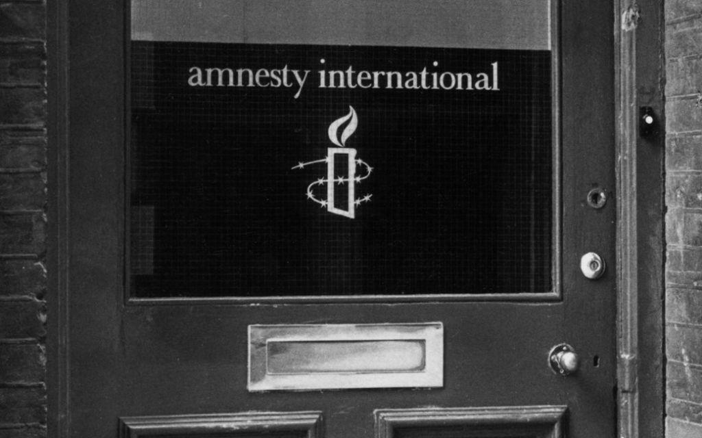 De start in 1961 van een wereldwijde beweging voor de mensenrechten